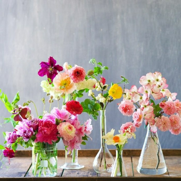 00-une-jolie-idee-pour-vase-cyclindrique-verre-vase-boule-transparent-en-verre-avec-fleurs