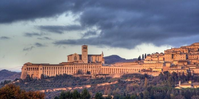 1-assisi-les-plus-belles-villes-d-italie-à-visiter-resized