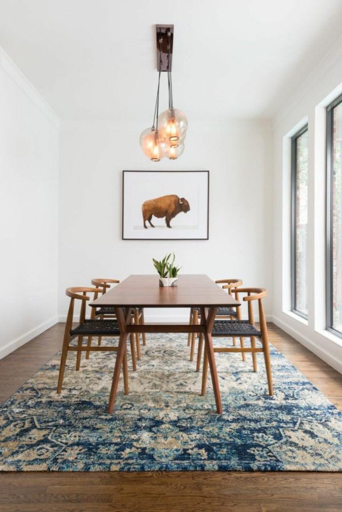 1-comment-choisir-le-meilleur-tapis-design-beige-bleu-dans-le-salon-moderne