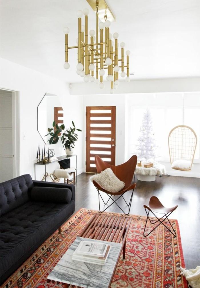 1-comment-choisir-le-tapis-design-tapis-saint-maclou-de-couleur-rouge-et-orange-canapé-noir