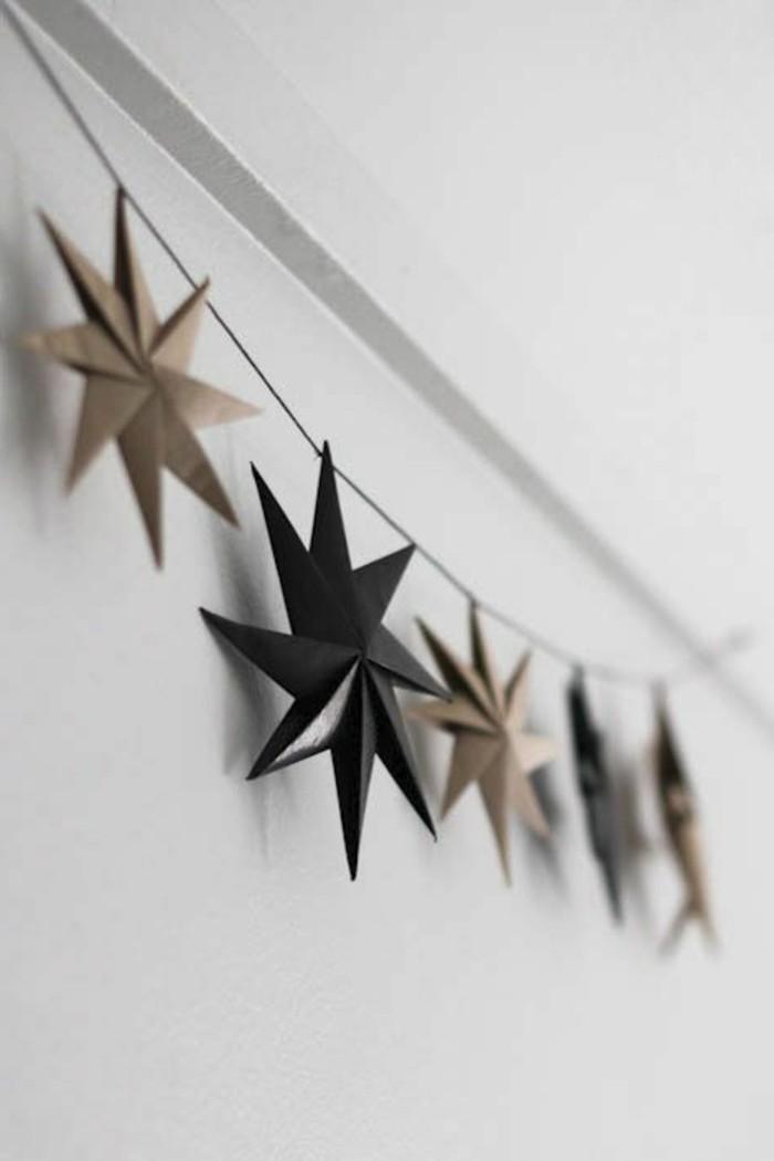 1-diy-idee-guirlande-de-noël-gifi-deco-noel-etoiles-en-papier-pour-les-murs-decoration-murale