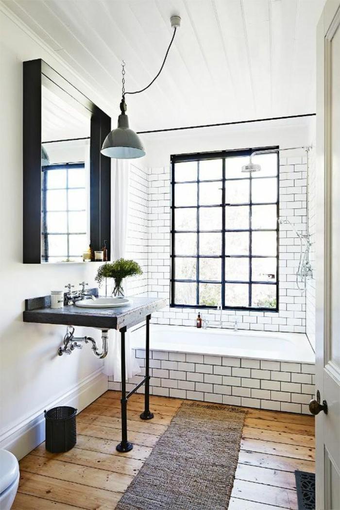 La salle de bain noir et blanc les derni res tendances - Sol salle de bain bois ...
