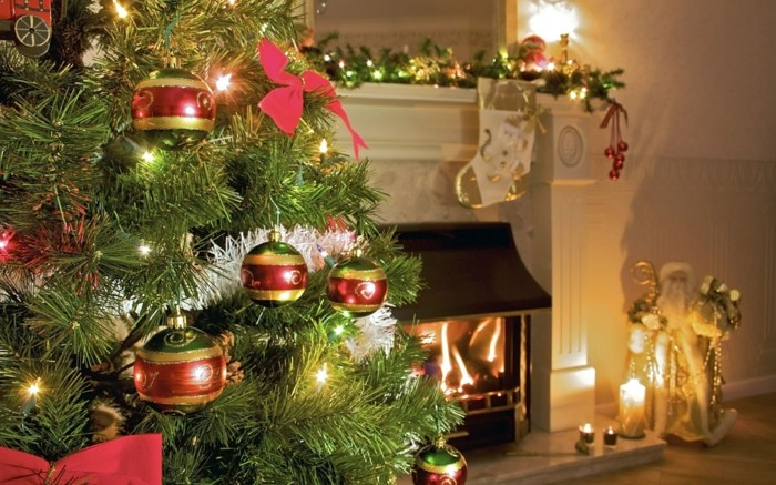 1-guirlandes-lumineuse-de-noel-decoration-pour-noel-comment-bien-decorer-l-arbre-de-noel