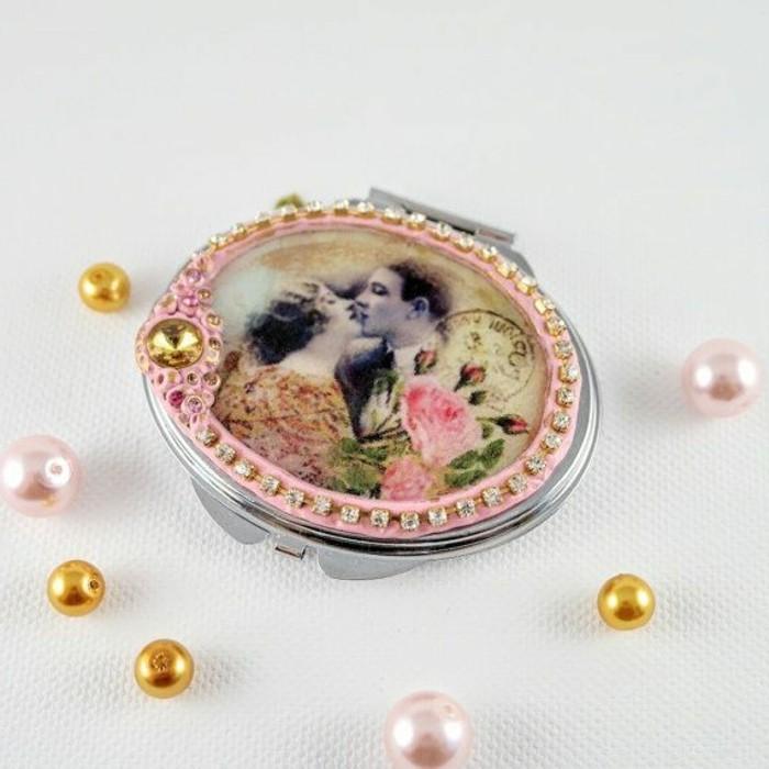 1-joli-design-de-miroir-de-poche-personnalisé-rose-avec-decoration-joli-miroir-de-poche