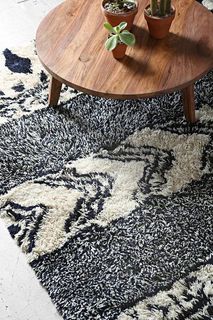 1-joli-design-pour-le-tapis-design-tapis-saint-maclou-dans-le-salon-moderne-table-ronde-en-bois-pour-le-salon