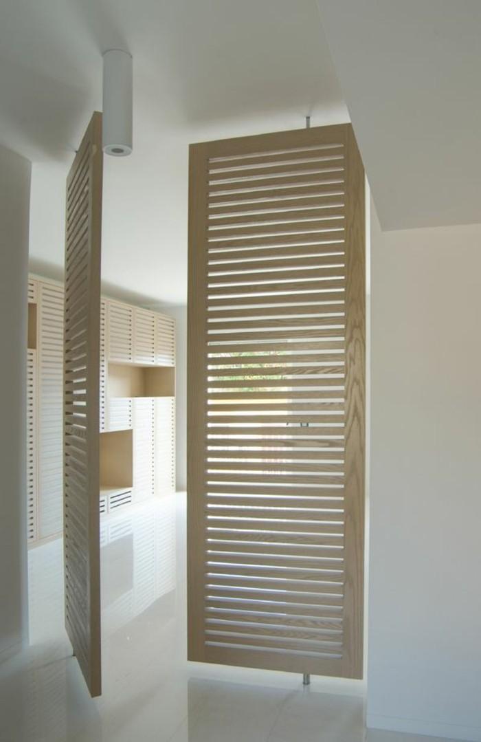 Persienne interieur bois for Porte en bois interieur