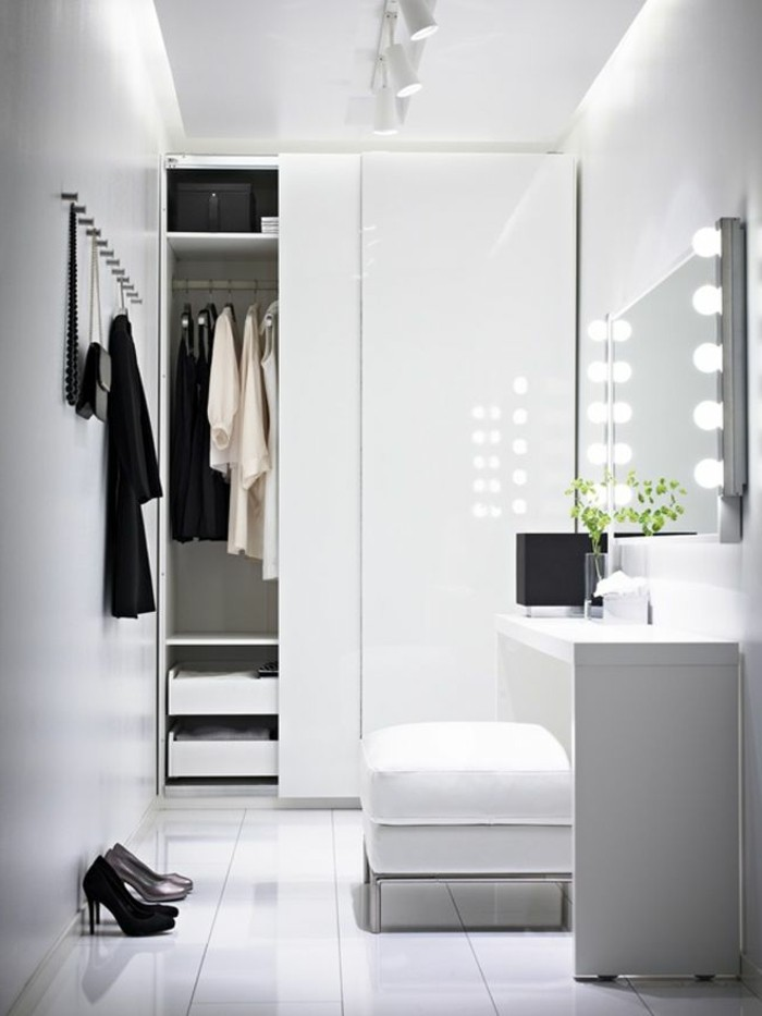 les portes de placard on vous donne 45 id es en photos. Black Bedroom Furniture Sets. Home Design Ideas
