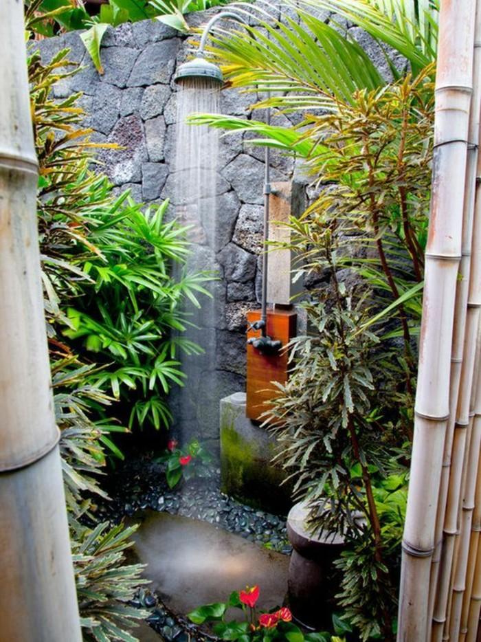 Meuble salle de bain alinea affordable meuble de salle de bains de brun marron surabaya iv with for Applique salle de bain alinea