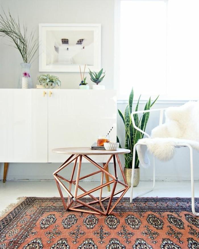 1-tables-basses-ikea-fly-table-basse-pour-le-salon-moderne-avec-tapis-colore