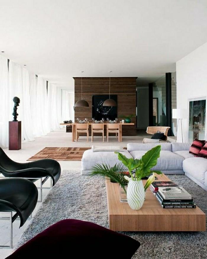 2-joli-salon-d-esprit-zen-tapis-gris-plante-verte-sur-la-table-en-bois-dans-le-salon