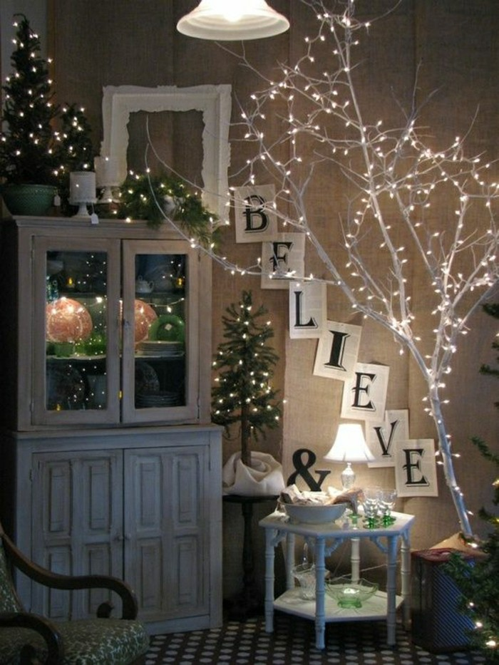2-jolie-decoration-avec-guirlandes-lumineuses-guirlande-noel-comment-decorer-vous-memes