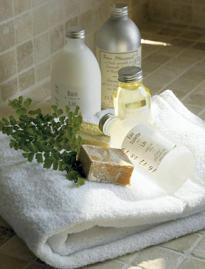 2-massage-chinois-lille-studio-spa-pas-cher-sol-en-carrelage-beige-ambiance-spa-chez-vous