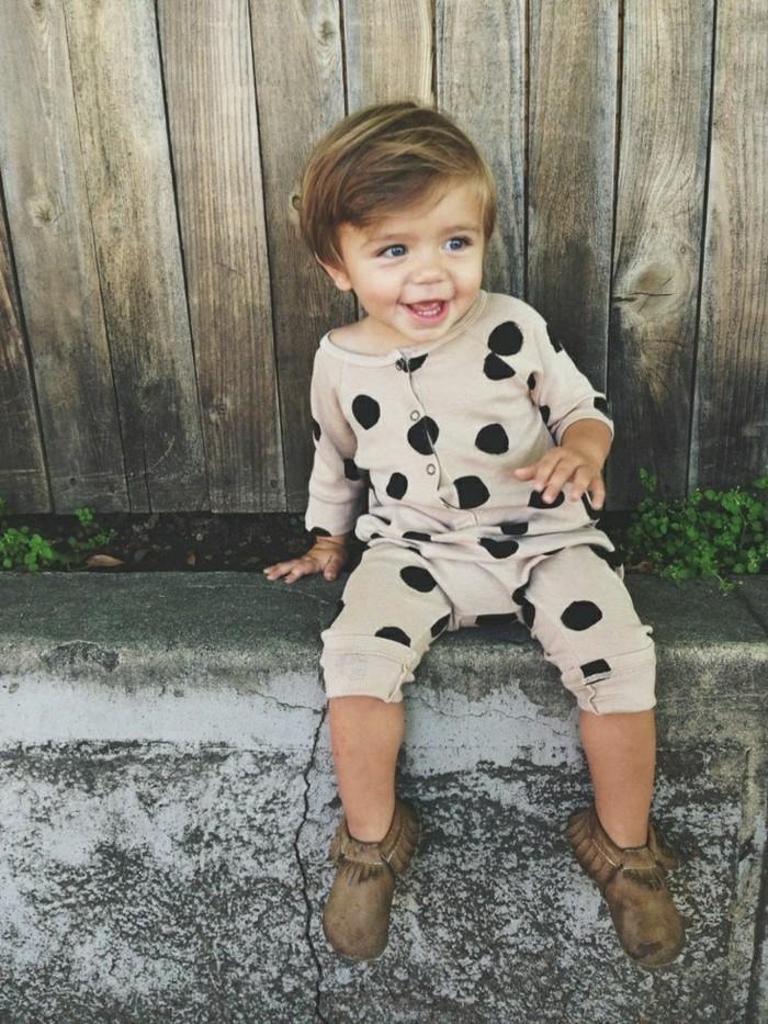 Beau-pyjama-combinaison-pyjama-bebe-body-bébé-belle-fille-mignon