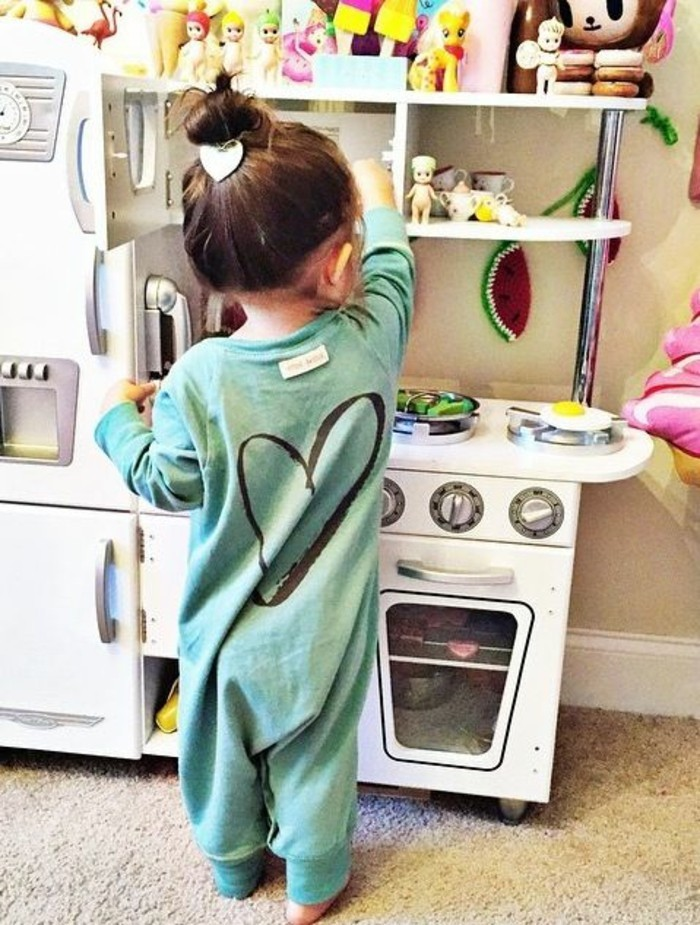 Beau-pyjama-combinaison-pyjama-bebe-body-bébé-jolie-adorable-en-pijama-coeur