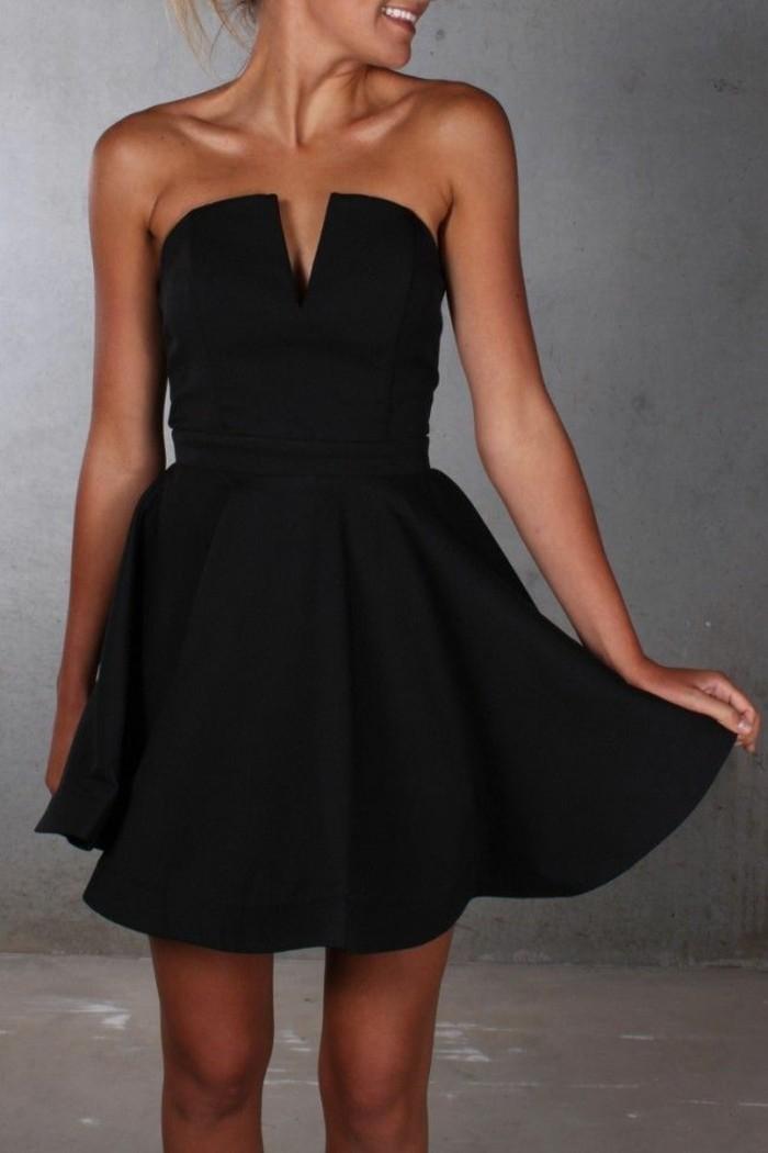 Formidable-robe-cocktail-longue-petite-robe-noire