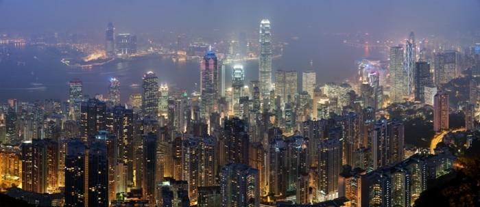 Hong-Kong-belle-ville-monde-moderne-grattes-de-ciel-skyline-de-hong-kong-vue-de-haute-resized