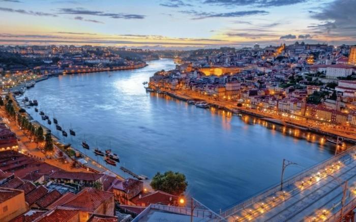 Lisbonne-Portugal-à-la-une-des-plus-belles-villes-du-monde-resized