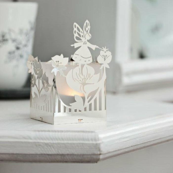 Lumieres-photophore-noel-de-noel-guirelandes-et-bougies-à-utiliser-blanc