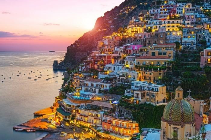 Positano-admirable-ville-les-plus-belles-villes-du-monde-visite-en-italie-belles-villes-et-coins--resized