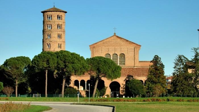 Ravenne-italie-provance-les-plus-belles-villes-a-visiter-en-italie-resized