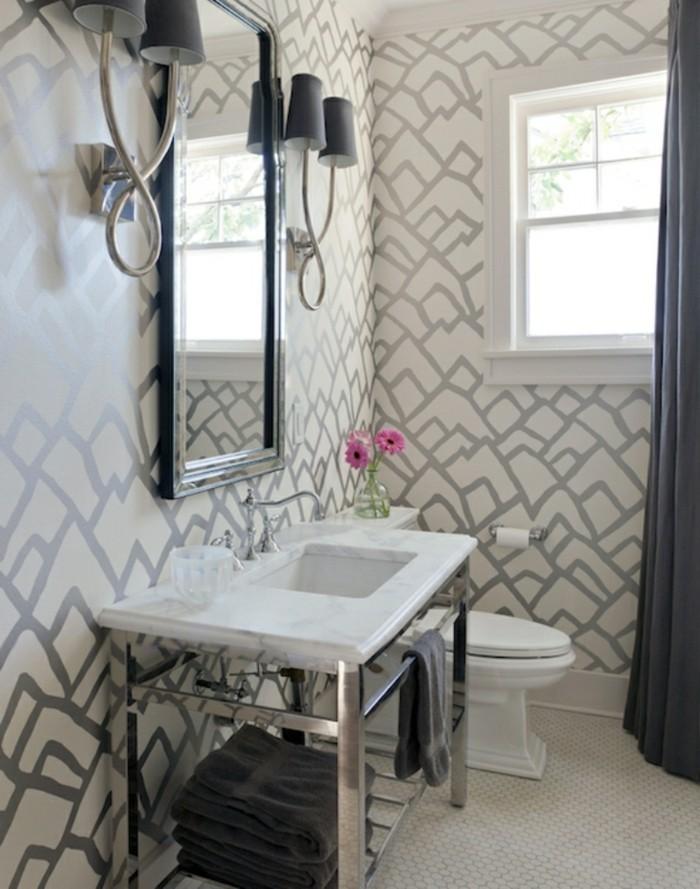 Stylé-papier-peint-salle-de-bain-pas-cher-idée-originale-cool-idée