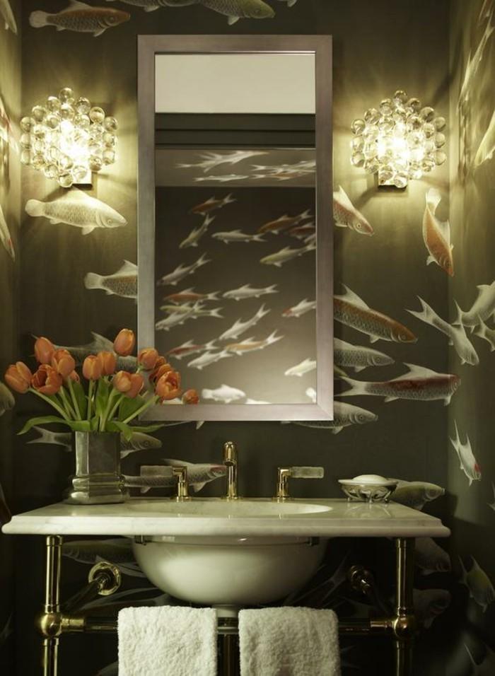 Stylé-papier-peint-salle-de-bain-pas-cher-idée-originale-papier-peint-salle-de-bain
