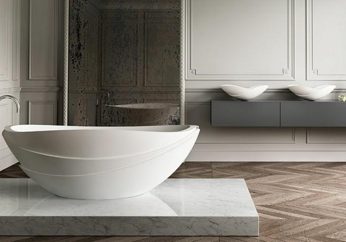 aménagement-salle-de-bains-luxueuse-baignoire-ovale-encastrable-baignoire-ilot