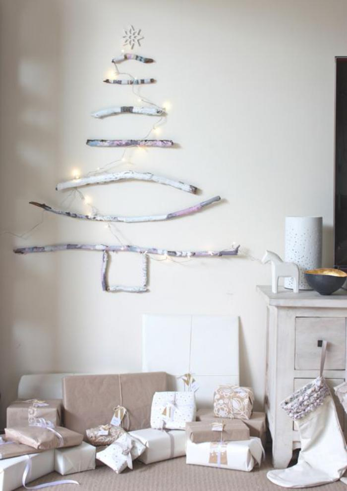 arbre-de-noel-en-bois-peint-blanc