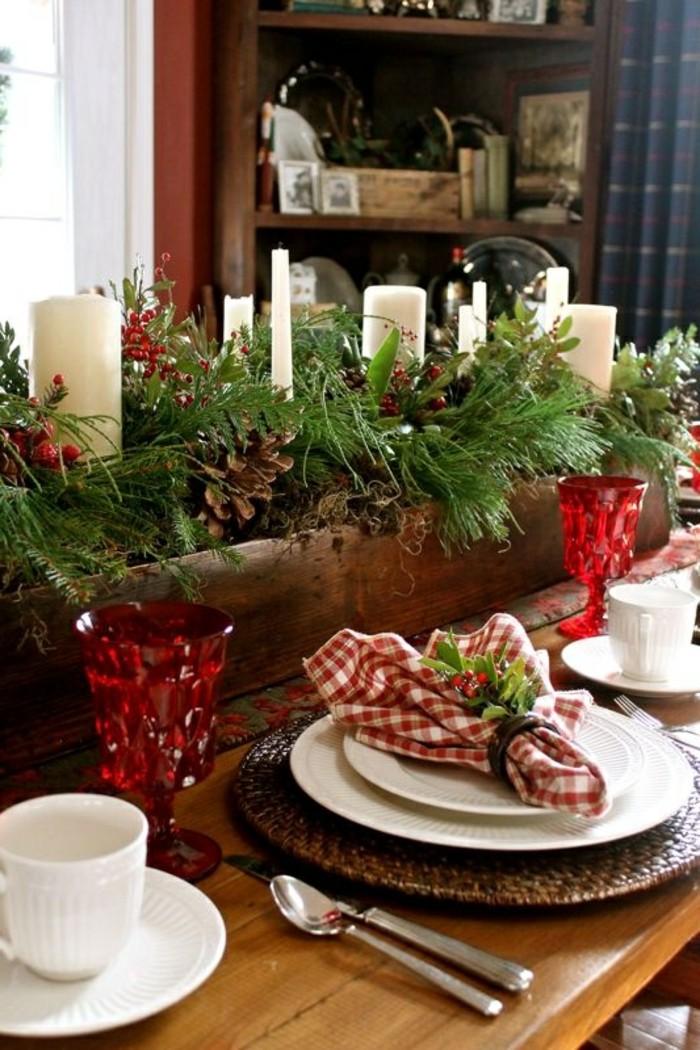 belle-idée-décoration-de-noel-à-fabriquer-deco-table-de-noel-bougies-sapin