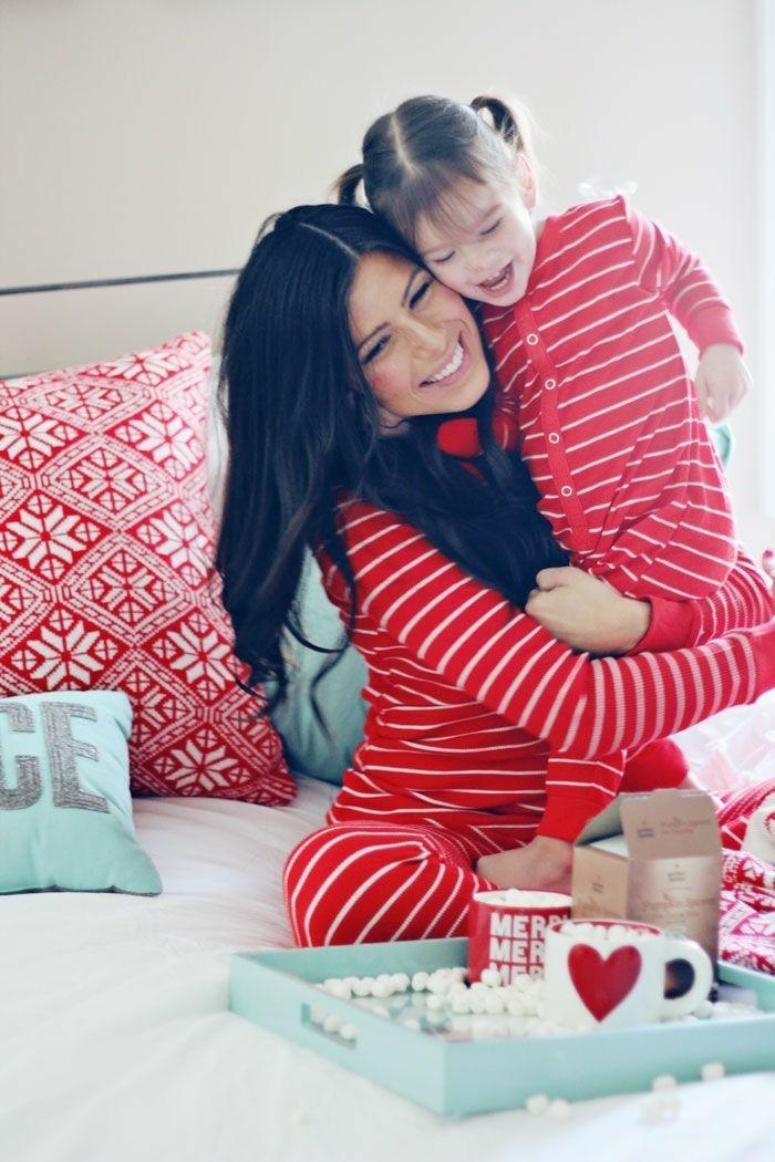 body-bebe-pyjama-bébé-fille-pyjama-rouge-maman-et-fille