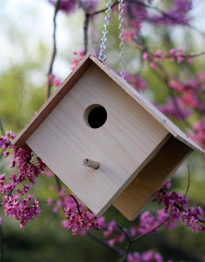 cabane-à-oiseaux-nichoir-original-maison-d'oiseaux
