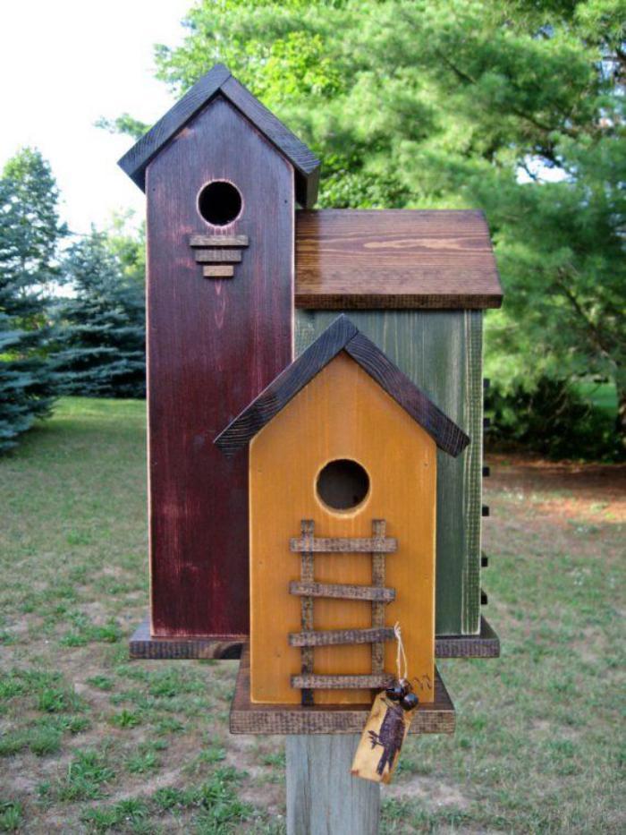 cabane-à-oiseaux-trois-maisons-pour-oiseuax