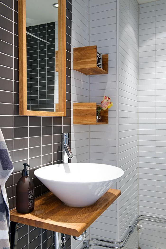 Le carrelage blanc brillant une d coration murale parfaite - Salle de bain blanc et bois ...