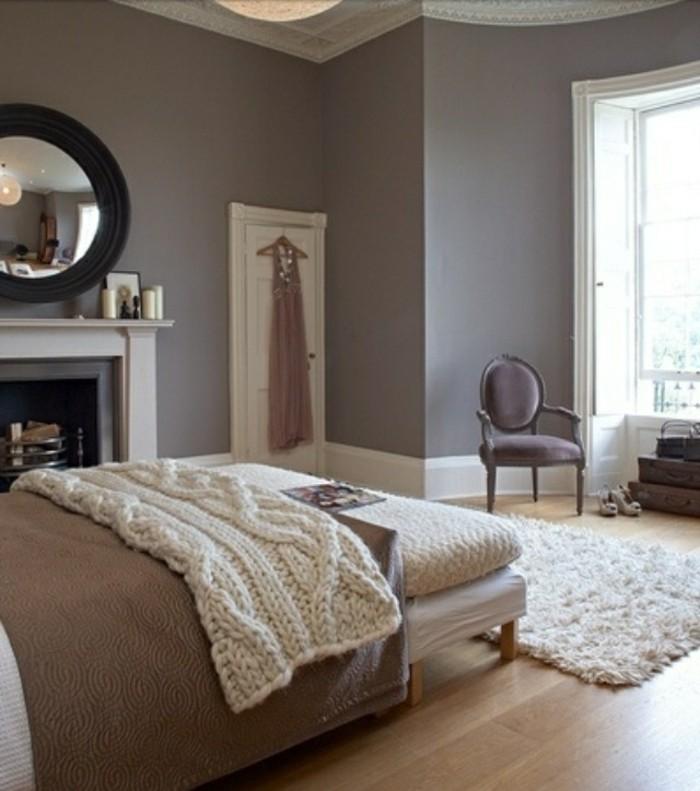 chambre-couleur-taupe-chambre-grise-intérieur-robe-porte