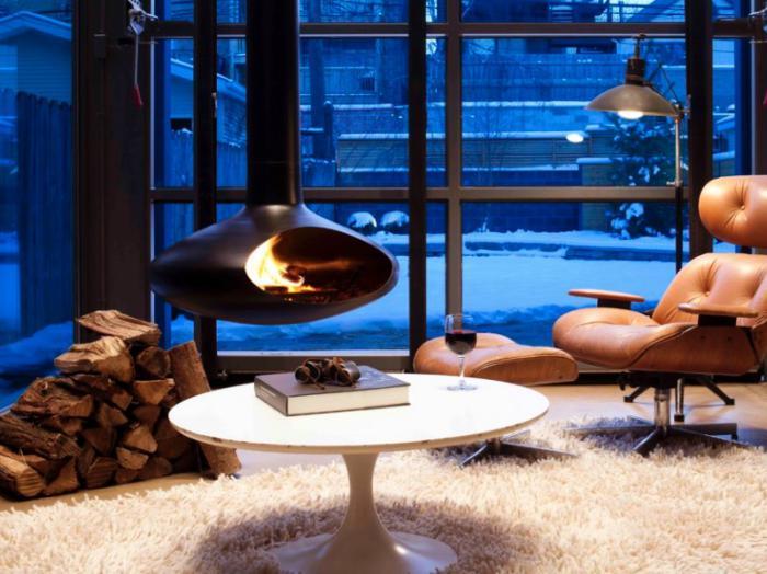 cheminée-focus-cheminée-suspendue-dans-un-salon-élégant
