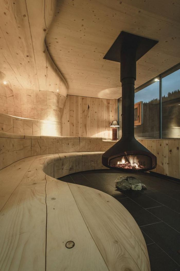 cheminée-focus-intérieur-impressionnant-bois