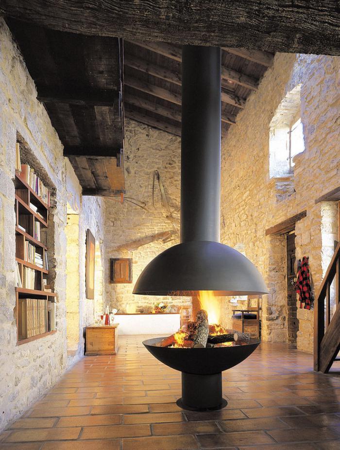 cheminée-focus-rénovation-de-vieille-grange