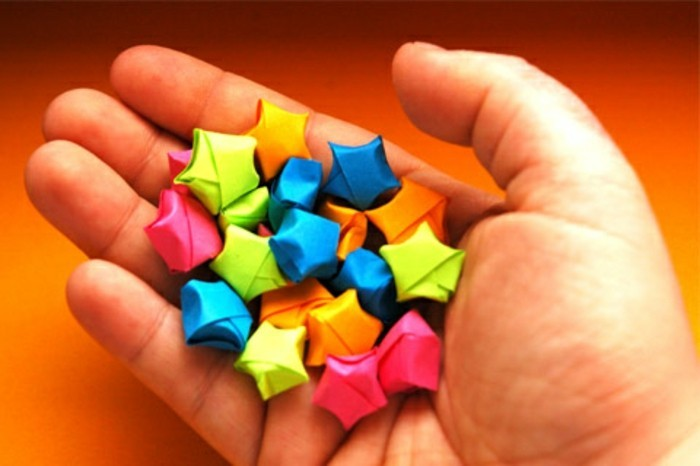 coloriage-etoile-de-noel-deco-noel-a-fabriquer-allure