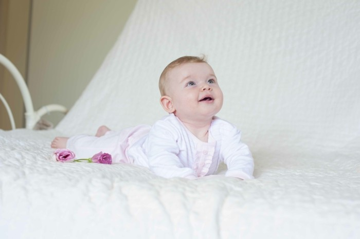 combinaison-bebe-grenouillère-bébé-dors-bien-en-rose-fille