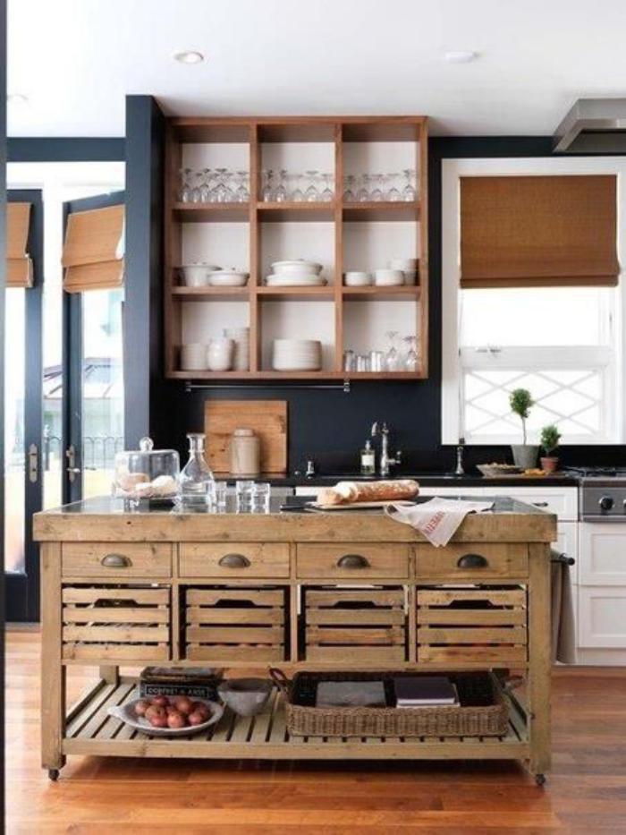 comptoir-en-bois-recyclé-îlot-de-cuisine-caisses