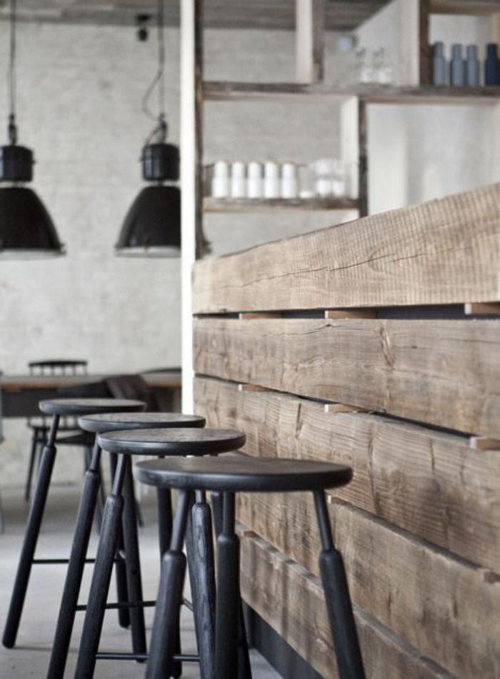 comptoir-en-bois-recyclé-bar-de-cuisine-en-poutres-de-bois