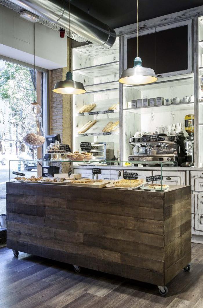 comptoir en bois recyclé, comptoir en bois de palette, boulangerie