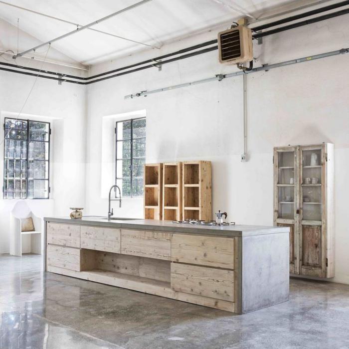 comptoir-en-bois-recyclé-cuisine-en-bois