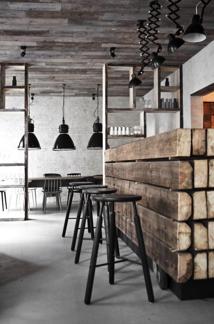 Comptoir En Bois Recyclé Plafond En Poutrs De