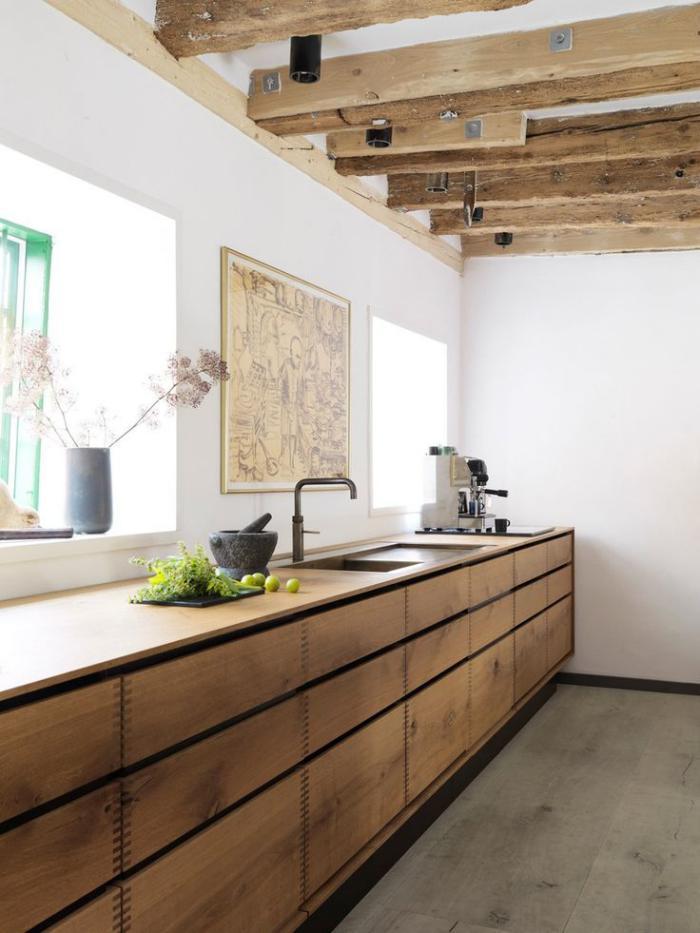 comptoir-en-bois-recyclé-plan-de-travail-poutres-en-bois