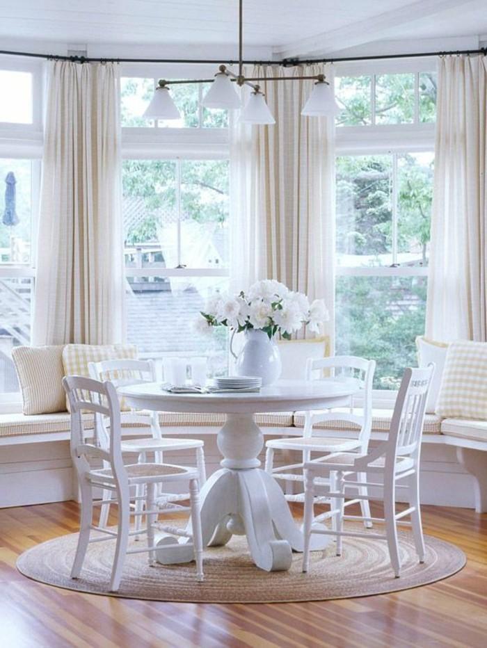 conforama-salle-a-manger-complete-table-a-manger-ronde-en-bois-et-tapis-rond