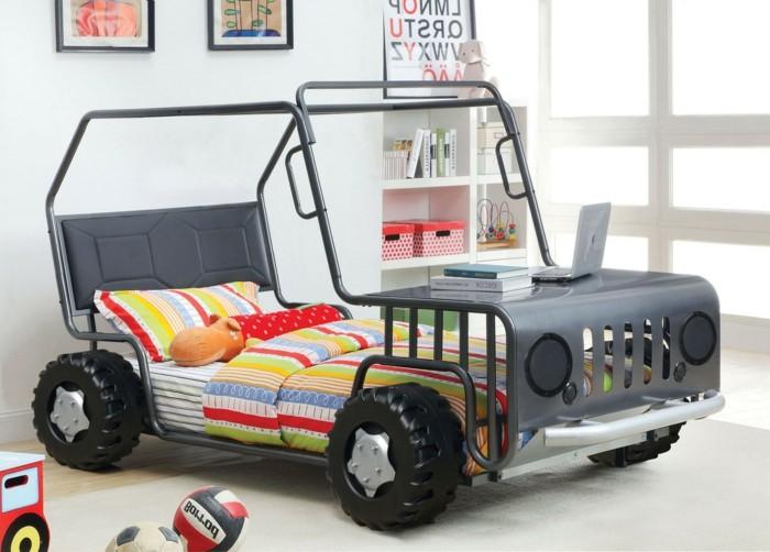 cool-idée-pour-le-lit-voiture-formule-1-lit-chambre-enfant-lit-truck-enfant