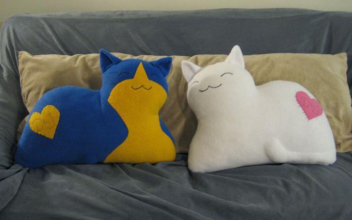 coussin-personnalisé-deux-chats-heureux