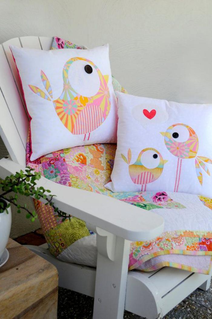 retrouvez les plus belles id es de coussin personnalis. Black Bedroom Furniture Sets. Home Design Ideas