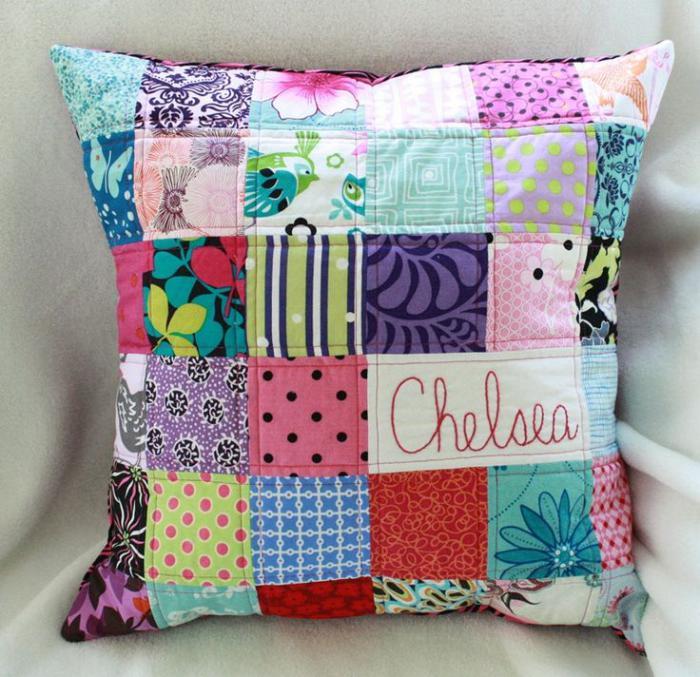 coussin-personnalisé-style-patchwork